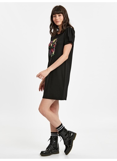 LC Waikiki Karpuz Kol İşlemeli Mini Elbise Siyah